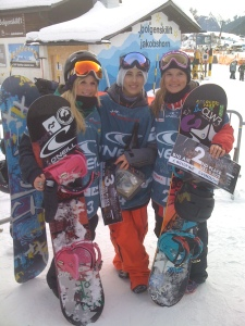 After Big Air, Isy 2nd, Celia 3rd, me 4th, and the cutest little 14 year old Japanese girl in 1st:)