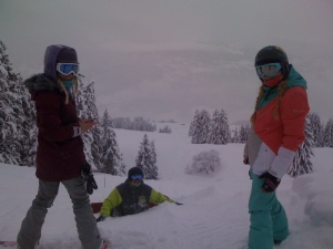 Pow riding with Katie O, Si and Faye