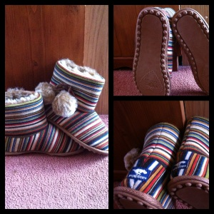 "Snowflake Slippers ""Sock Stripe"""