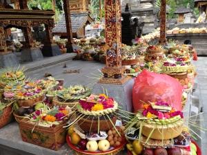 Cake offerings